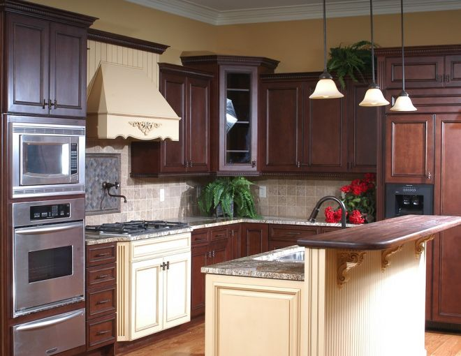 Executive kitchen cabinetry Houston